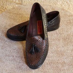 SALE - EUC Cole Haan Loafers
